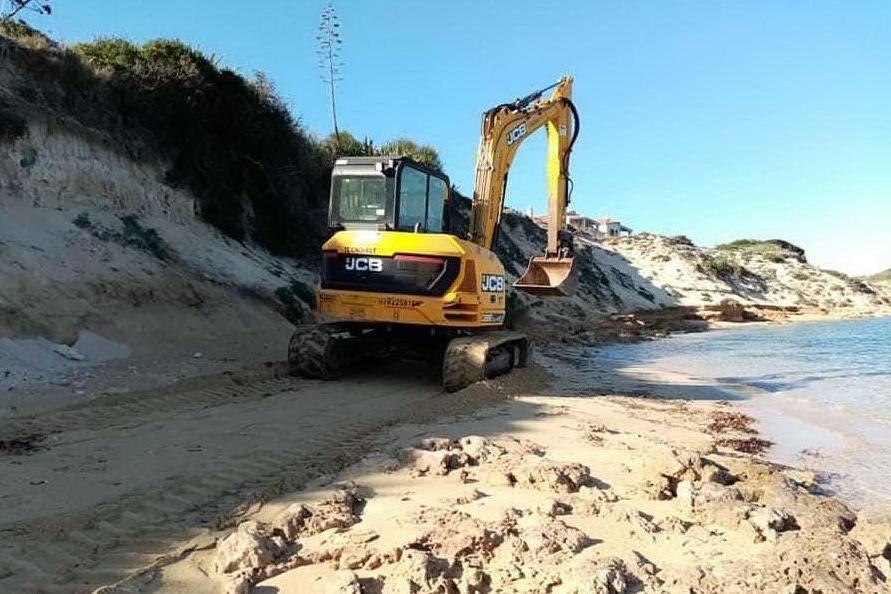 Su Pallosu, polemiche sui lavori di mitigazione dell'erosione costiera