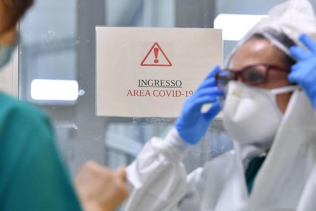 In Sardegna altri 46 contagi e due morti, ancora giù i ricoveri