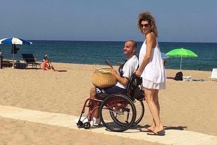 Spiagge inaccessibili a disabili e anziani: quando il mare è tabù