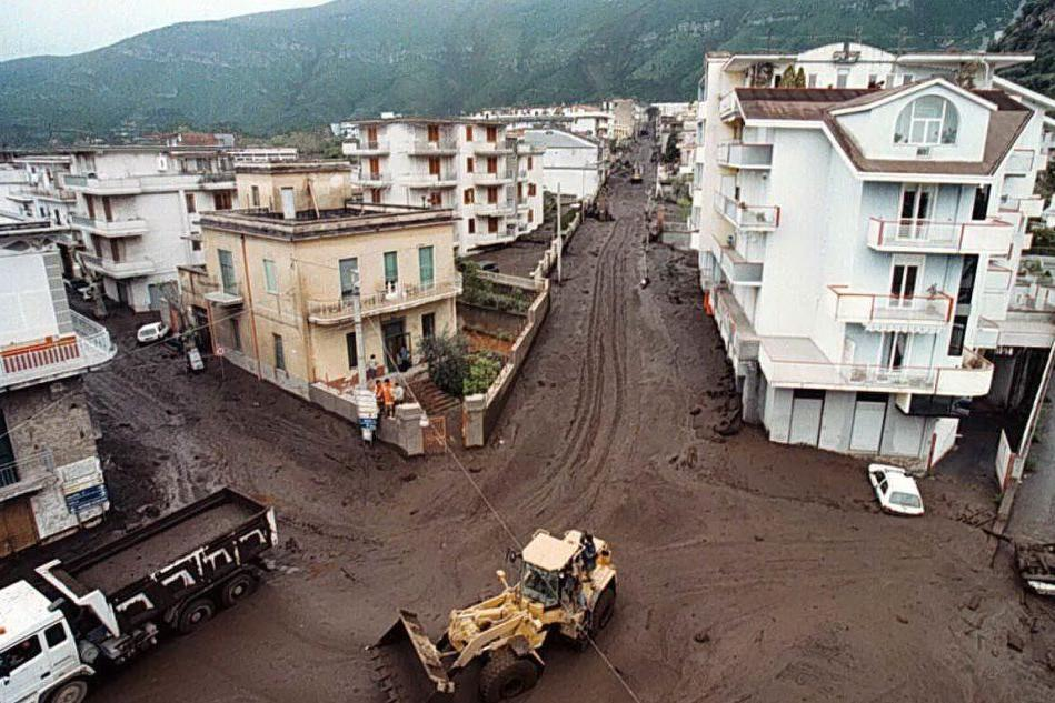 #AccaddeOggi: 5 maggio 1998, frane tra Avellino e Salerno. È strage