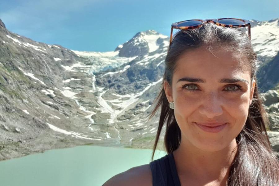 Dalla Sardegna a Ginevra:Cinzia e la suavaligia piena di determinazione e curiosità