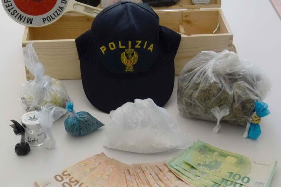 Spaccio di droga nella villetta a Cannigione: 29enne in arresto