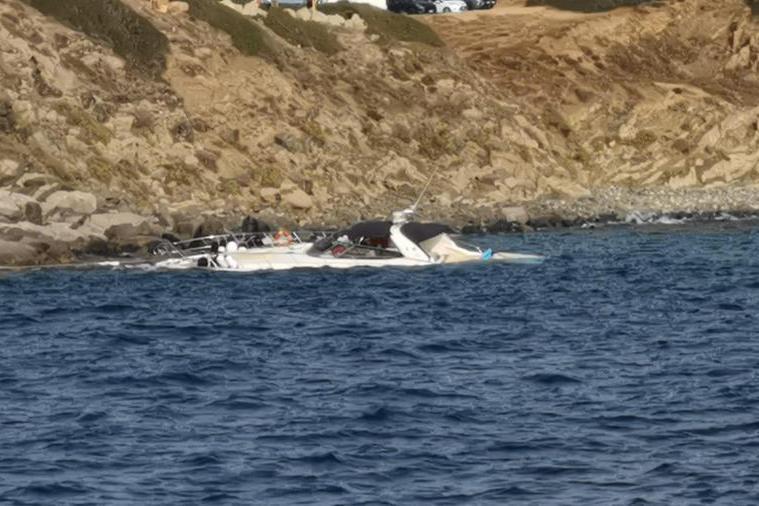 Barca incagliata a Villasimius: salvati otto diportisti