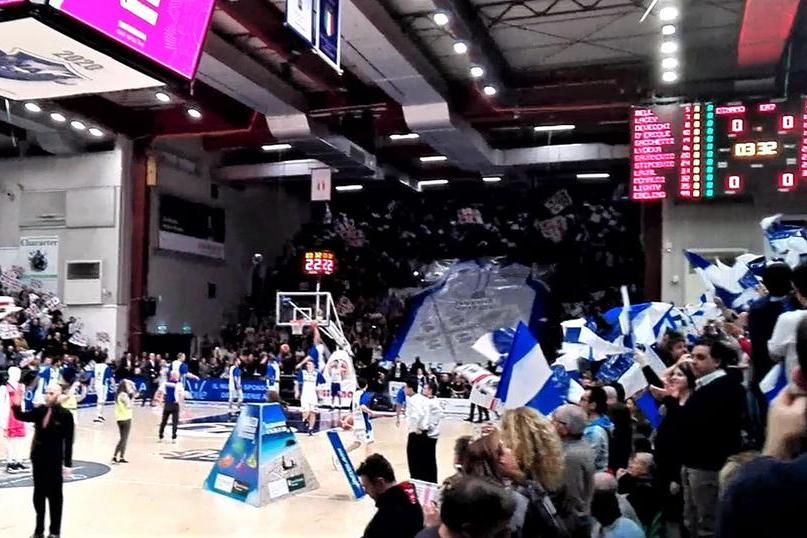 Basket,venti tifoserie ultras dicono no alla riapertura parziale:c'è anche il Commando Dinamo