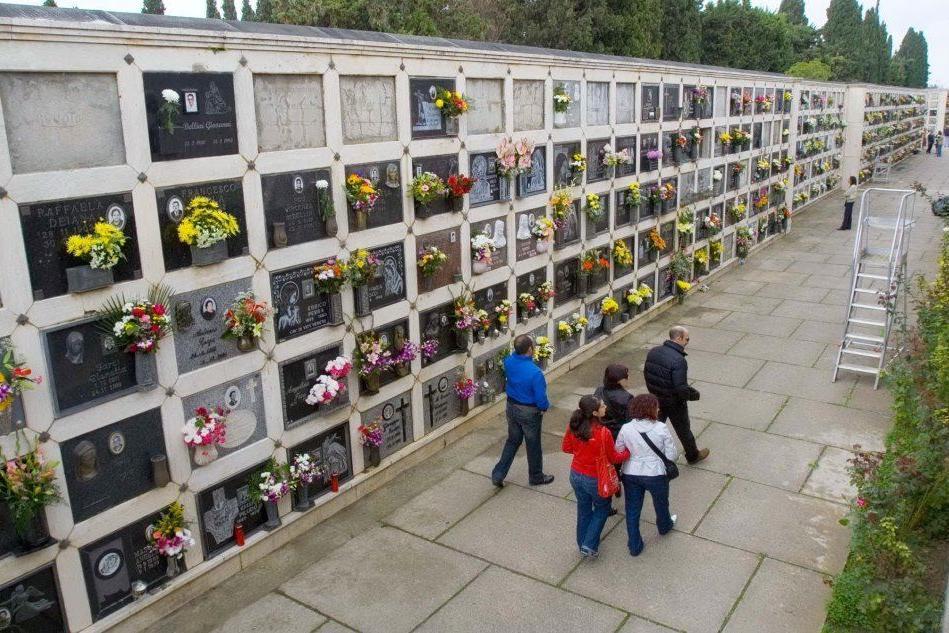 Stanziati oltre 2 milioni di euro per la sistemazione dei cimiteri in Sardegna