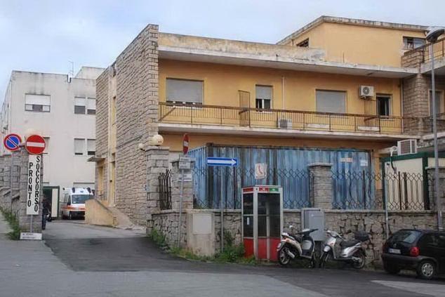 La Maddalena, ospedale Paolo Merlo:Medicina non ha riaperto