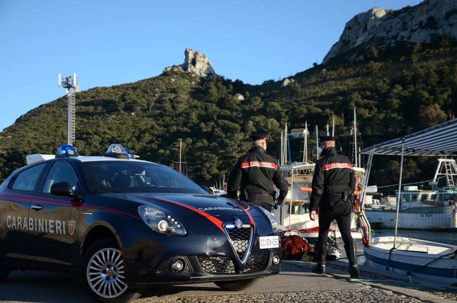 L'intervento stamattina dei carabinieri (foto Cc Cagliari)