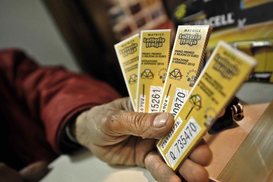 """Lotteria Italia, Cagliari e Sassari """"regine"""" delle vendite"""