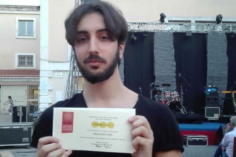 Al Vinitaly premio per la comunicazione a uno studente sassarese