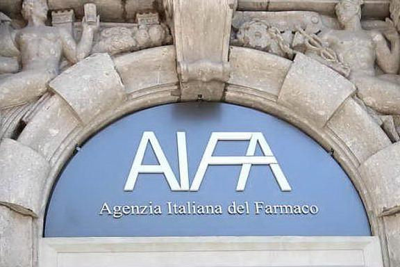 Aifa approva vaccino Johnson&Johnson, mentre in Italia cresce l'indice Rt