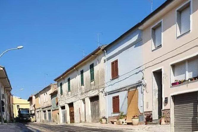 Una via centrale di Ittiri (foto Tellini)