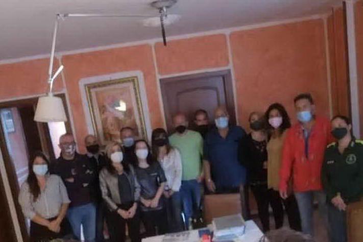 Porto Torres, foto elettorale con la divisa dei barracelli: sospesa la comandante (candidata Lega)