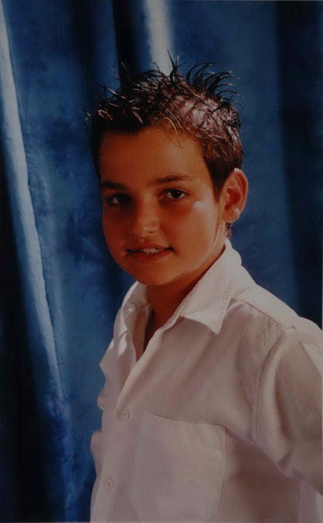 Il cantante all'età di 12 anni