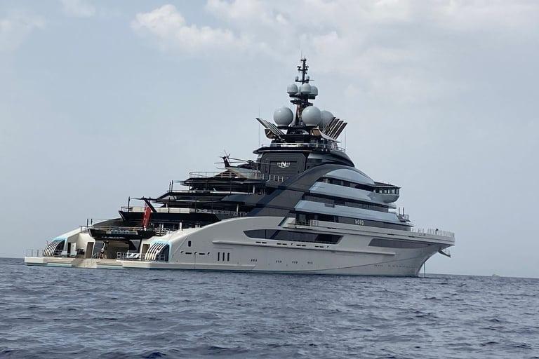 """Torre delle Stelle, avvistato il """"Nord"""", super-yacht lungo 142 metri"""