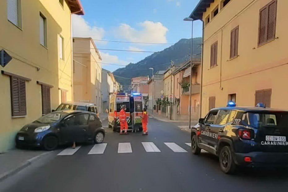 Scontro fra due auto a Guspini. Un ferito in ospedale