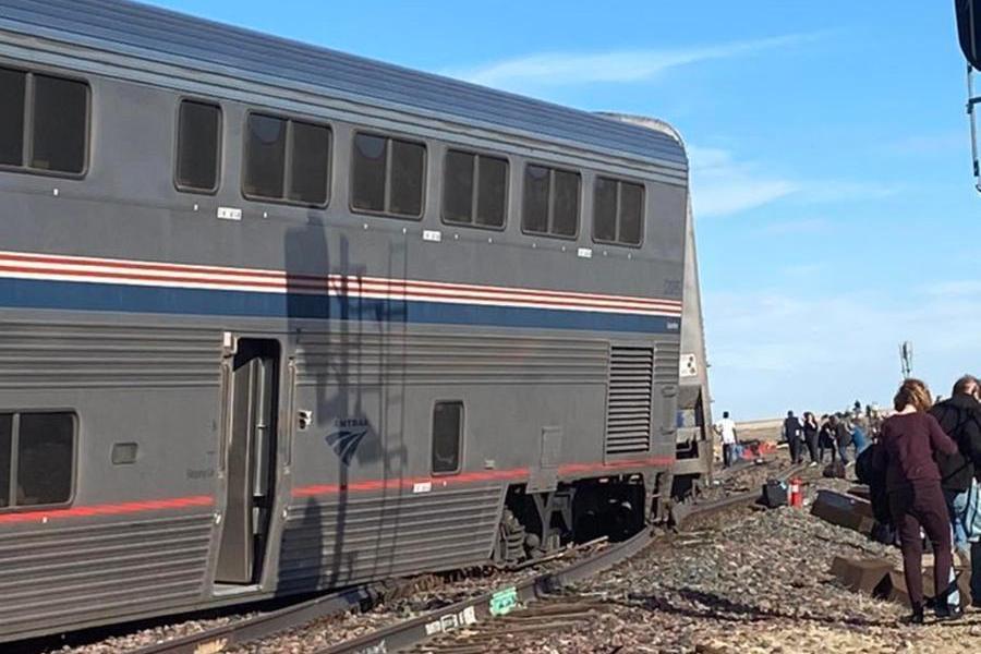 Deraglia il treno Chicago-Seattle, almeno tre morti