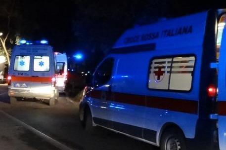 Pauroso incidente a Sorso: 4 giovani feriti, uno in rianimazione
