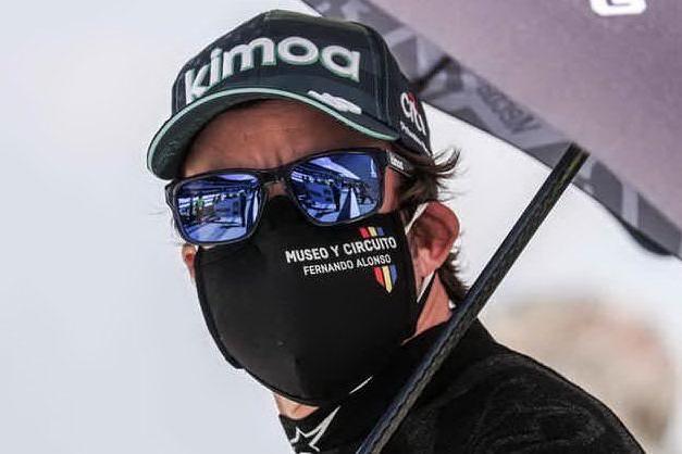 Svizzera, incidente in bicicletta per Fernando Alonso