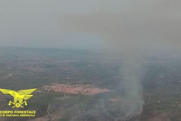 Incendi: emergenze a Usini e Monastir