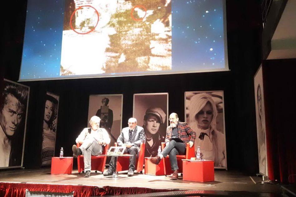 Macomer, l'astronauta Umberto Guidoni conquista grandi e piccini