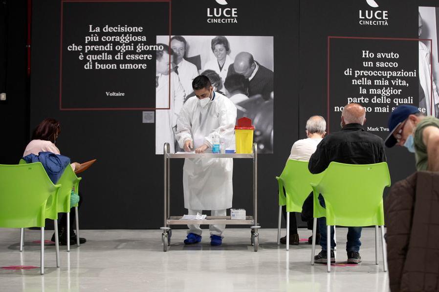 """Attacco hacker alla Regione Lazio, Zingaretti: """"Offensiva terroristica"""""""