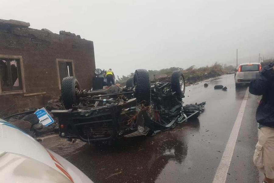 Tromba d'aria investe Pantelleria, 2 morti e 9 feriti.Si contano i danni