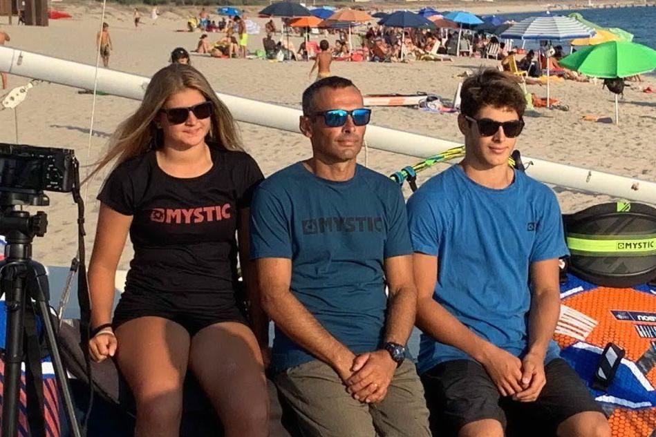 Una famiglia di Oristano ai campionati europei di surf in Turchia