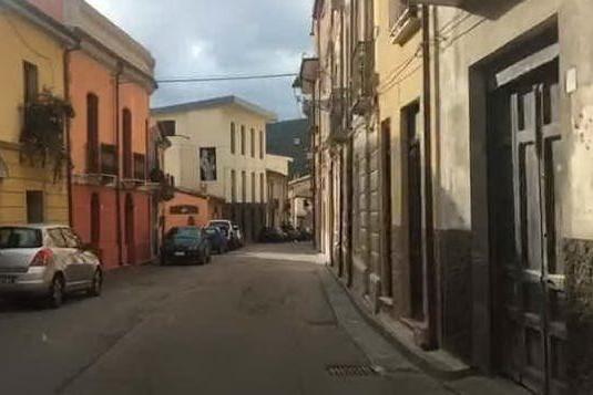 Seui in semi-lockdown: le strade sono deserte