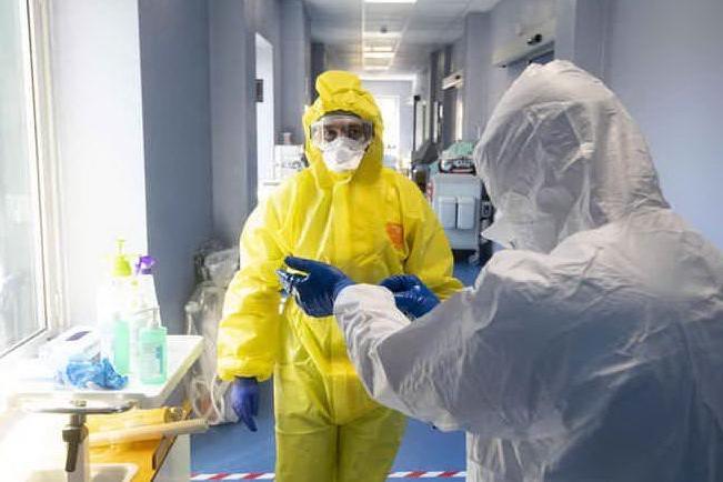 Coronavirus, la settimana più nera:in Sardegna 3.310 casi e 67 morti