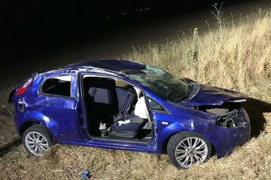 Ussaramanna, scontro fra due auto: cinque feriti