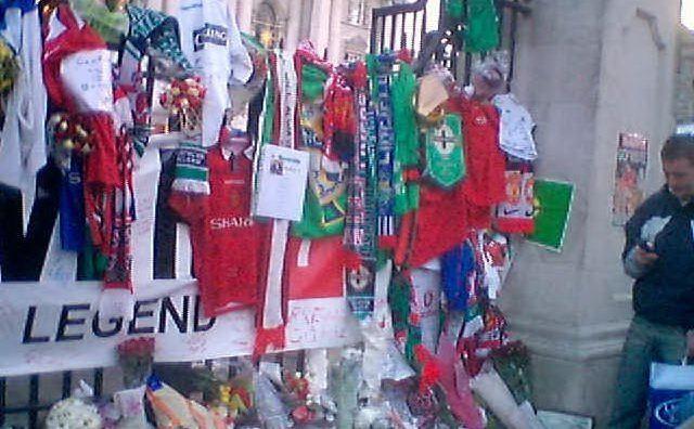 Belfast dopo la morte del calciatore
