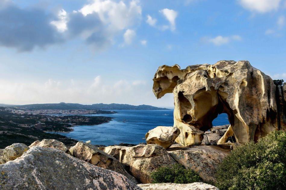 Nell'Isola museo i capolavori scolpiti dalla natura