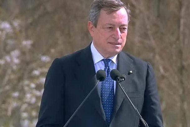 """Vaccini, Draghi: """"La campagna proseguirà comunque con intensità"""""""