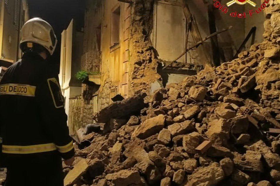 Nuovo crollo a Nuoro, il centro storico si sbriciola
