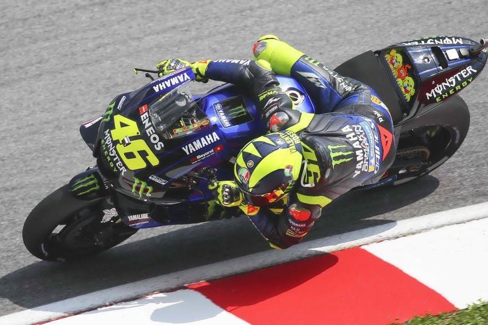 Ecco la nuova Yamaha di Valentino Rossi in pista