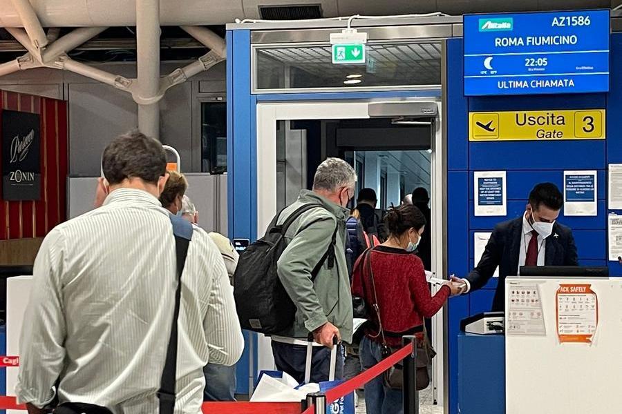 Meno voli nella nuova continuità. ProtestaOlbia, esclusa dai collegamenticon Bologna e Torino