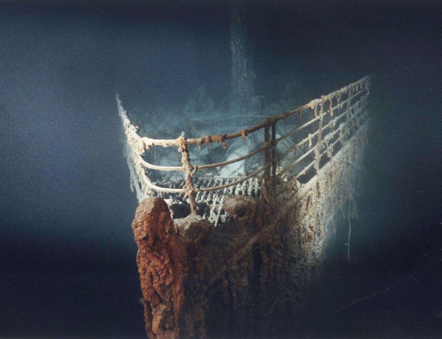 La prua del relitto (foto archivio L'Unione Sarda)