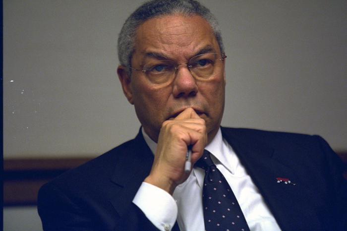 Addio a Colin Powell: l'ex segretario di Stato Usaè morto di Covid