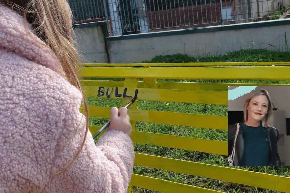 """Serdiana: sulla panchina gialla il """"No"""" al bullismo degli alunni delle elementari"""