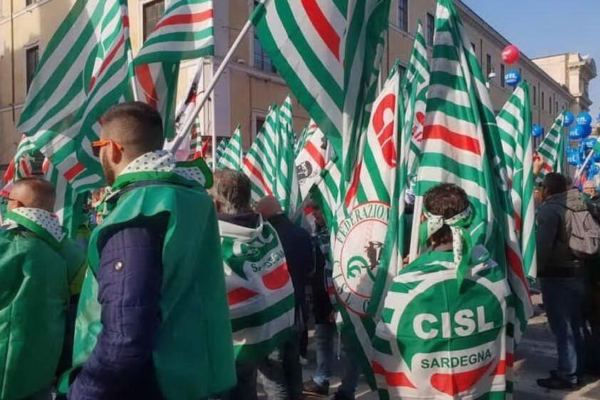 Una manifestazione della Cisl sarda (Archivio L'Unione Sarda - Raggio)