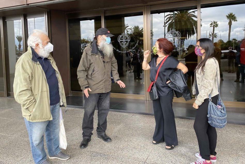 Associazioni di nuovo in piazza contro lo scorporo del Microcitemico dal Brotzu