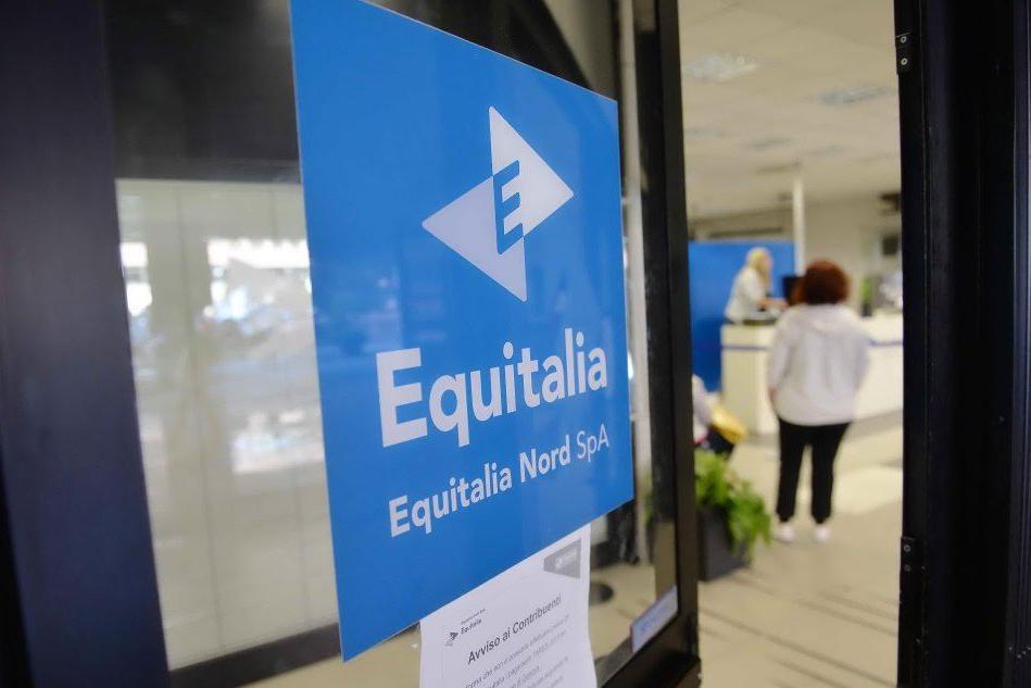 Gli abusi di Equitalia: condannata a risarcire dalla commissione tributaria