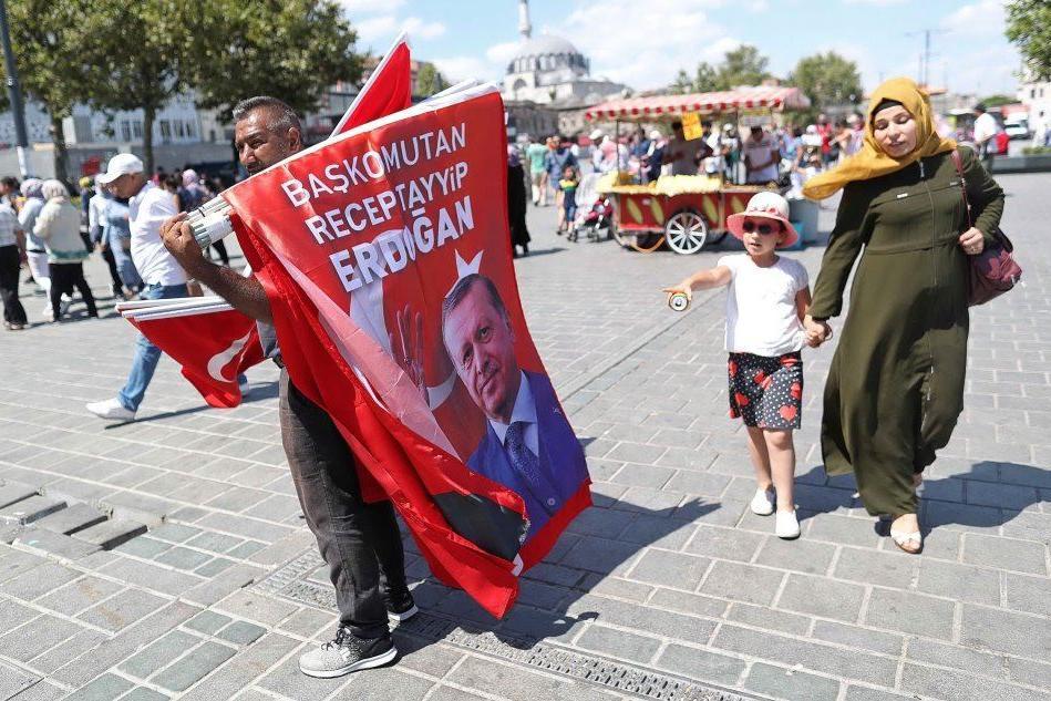La crisi della lira turca, Erdogan accusa gli Stati Uniti