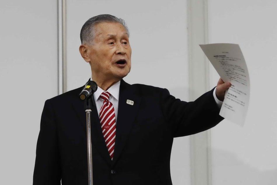 """""""Le donne parlano troppo"""": non si dimette il capo delle Olimpiadi di Tokyo"""