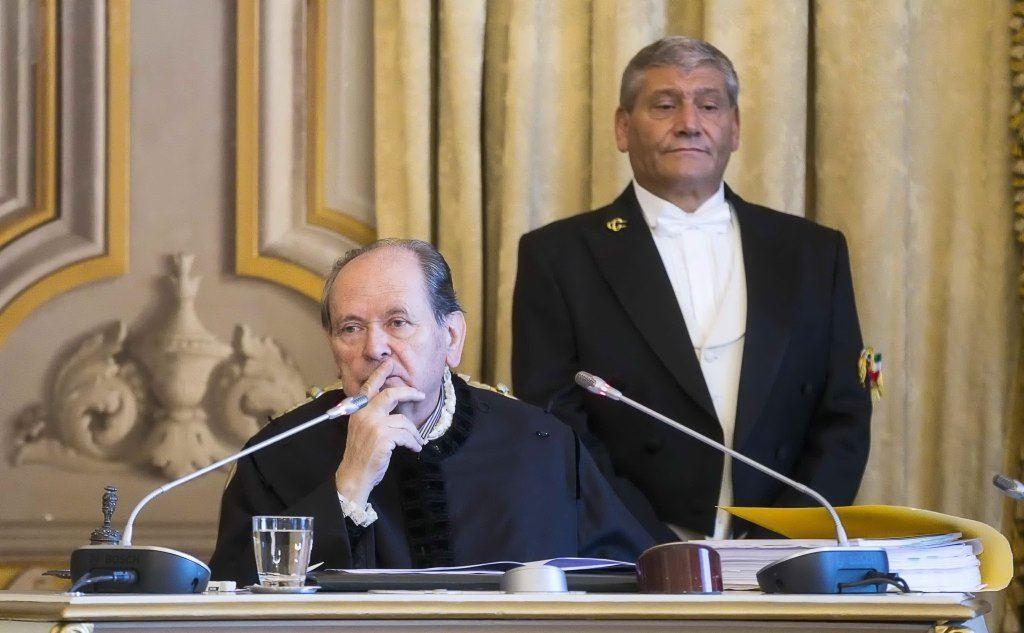 Il presidente della Corte costituzionale Giorgio Lattanzi durante l'udienza pubblica sul caso (Ansa)