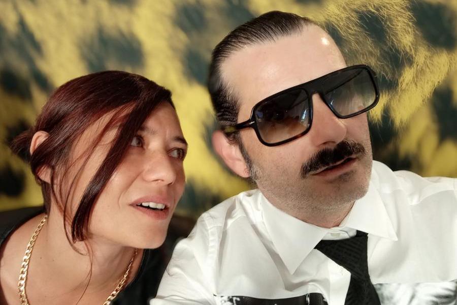 Bonifacio Angius con la moglie e attrice Francesca Niedda (foto concessa)
