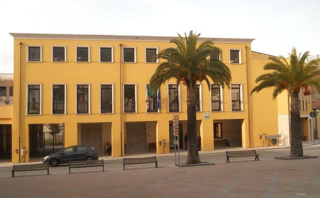 Il municipio di Bonorva (L'Unione Sarda - Caria)