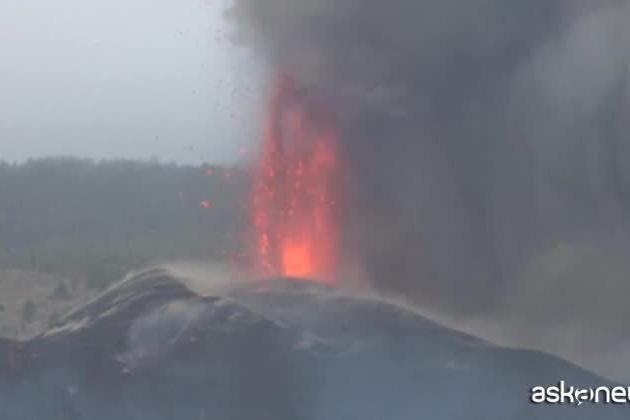 Eruzione alle Canarie, 320 case e 154 ettari distrutti dalla lava