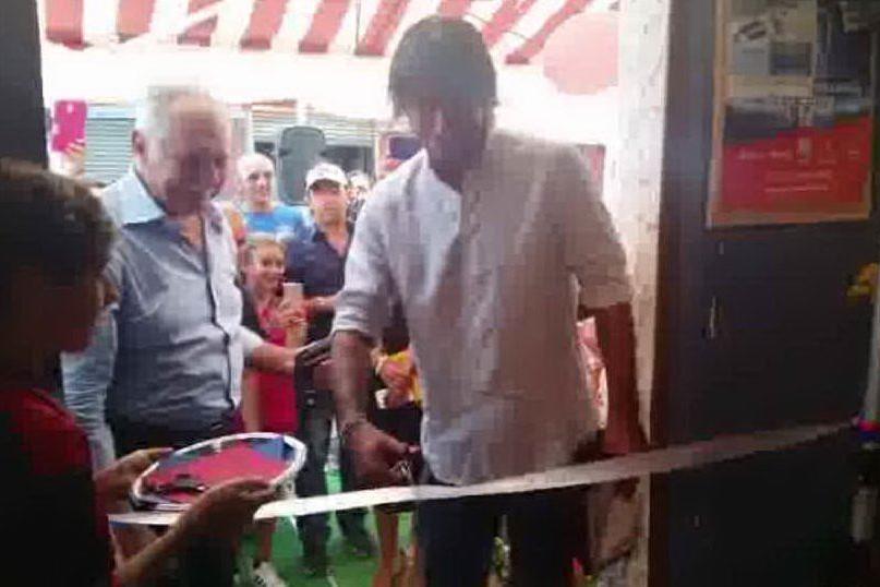 Calcio, Daniele Conti inaugura il Cagliari club di Muravera