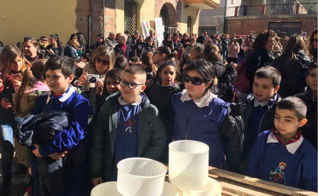 Studenti a Burcei (Antonio Serreli)